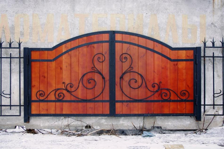 Как сделать ворота с узорами 513